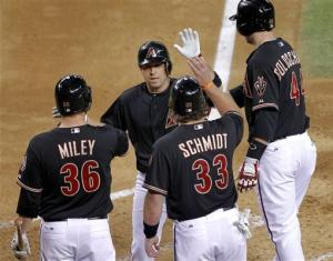 McDonald's HR helps D-backs beat Greinke, Brewers