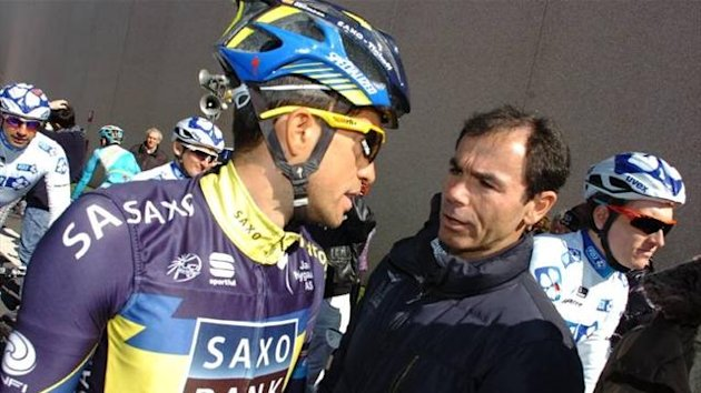 Alberto Contador with RAI commentator Davide Cassani