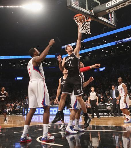 Nets shut down Clippers in fourth, win 86-76