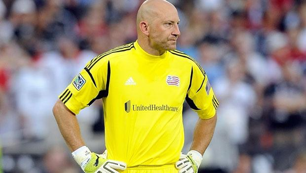 New England Revolution monitoring GK Matt Reis' knee issue during bye week