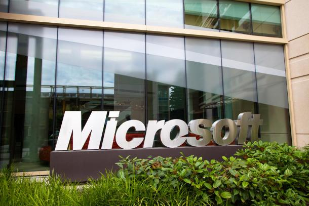 Ireland sides with Microsoft in email privacy case
