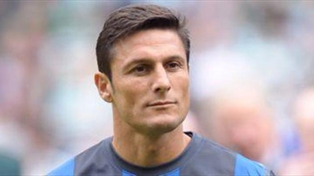 Zanetti wants to play on at Inter