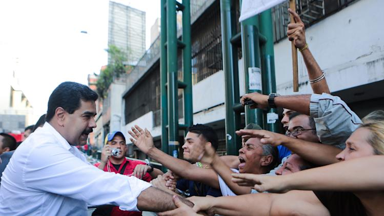 Venezuela's Maduro poised to get decree powers