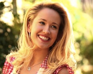 True Blood Exclusive: Anna Camp Returning as Sarah Newlin in Season 6