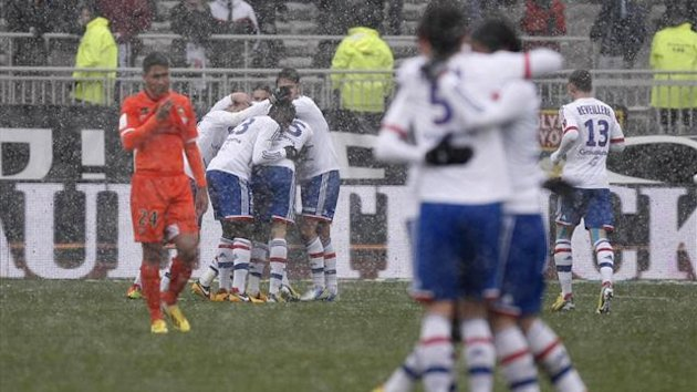 Rachid Ghezzal scored his first league goal to help Lyon defeat Lorient 3-1 at home on Sunday and pull level with PSG.  (Reuters)