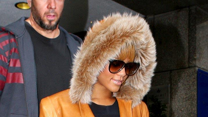 Rihanna Leaves Lndn Hotel
