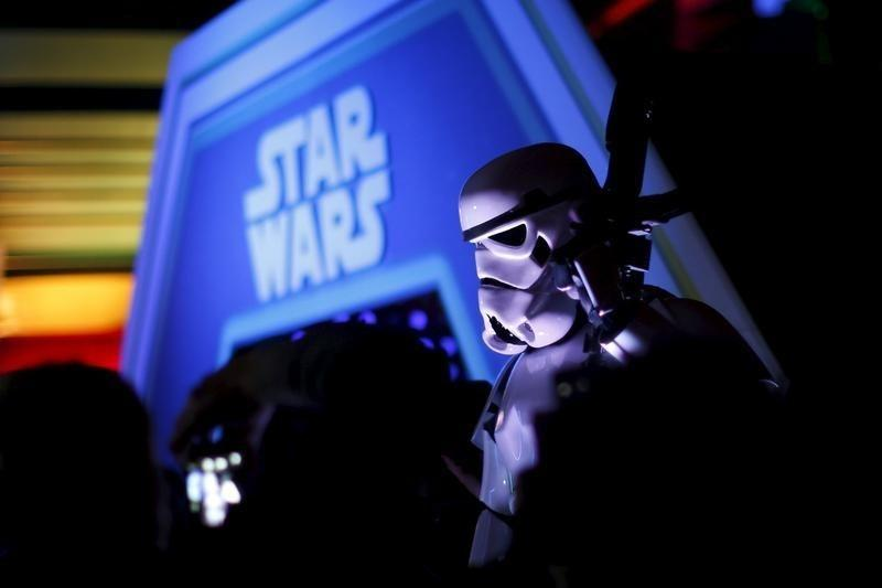 ESPN casts shadow over 'Star Wars' success at Disney