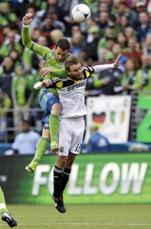 Meram, Renteria lead Crew to 2-0 win over Sounders