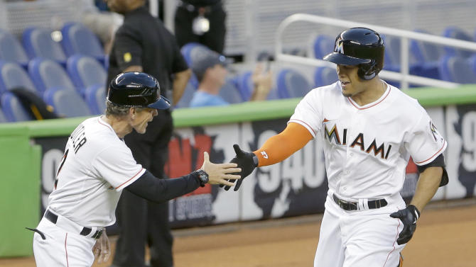 Stanton powers Marlins past Padres 8-2