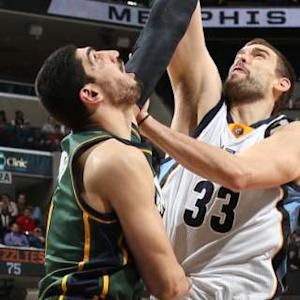 Block of the Night - Enes Kanter