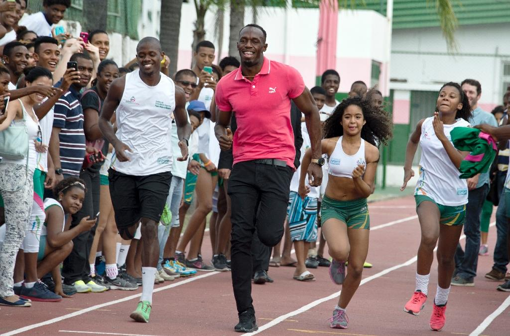 Bolt aiming to double up at World Relays