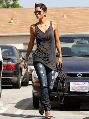 Halle Berry Goes Casual Chic