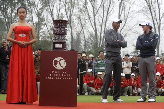 Woods And McIlroy Stages Duel In China
