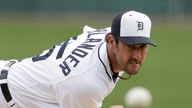 FILE - In this March 11, 2013 file photo, Detroit Tigers starting pitcher Justin Verlander throws during the first inning of an exhibition spring training baseball game against the New York Mets, in Lakeland, Fla. Verlander has agreed to a five-year contract covering 2015-19. (AP Photo/Carlos Osorio, File)