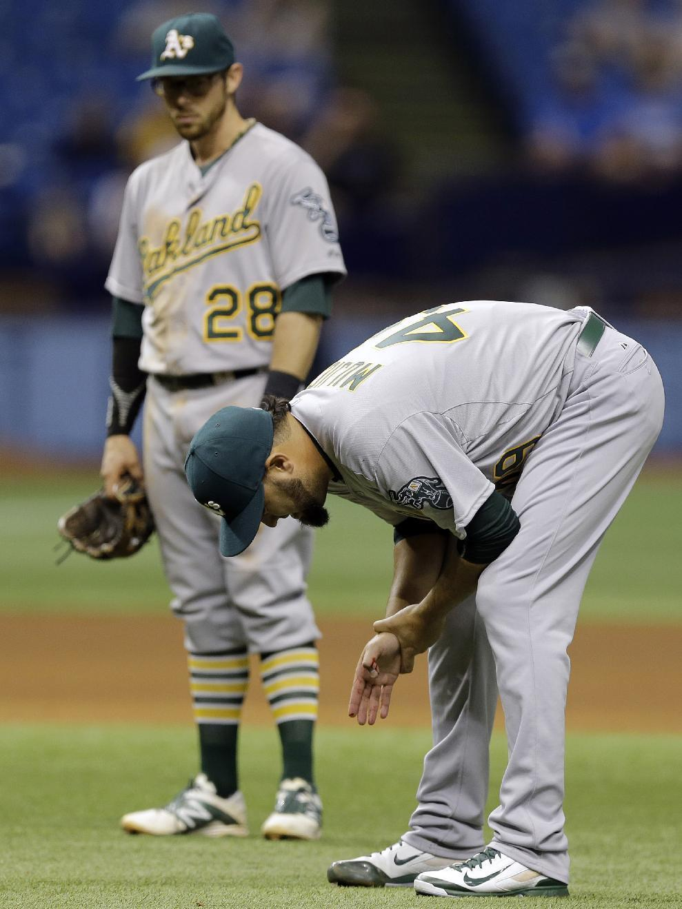 No immediate surgery for A's Coco Crisp
