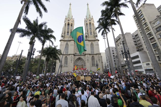 Protestors gather in front of the Metropolitan Cathedral in Sao Paulo, Brazil, Tuesday, June 18, 2013.  Some of the biggest demonstrations since the end of Brazil's 1964-85 dictatorship have broke out