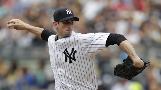 McCarthy gets 1st win with Yankees, 7-1 over Reds