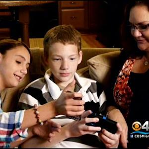 Experts: Smartphone Apps Alone Can't Protect Children