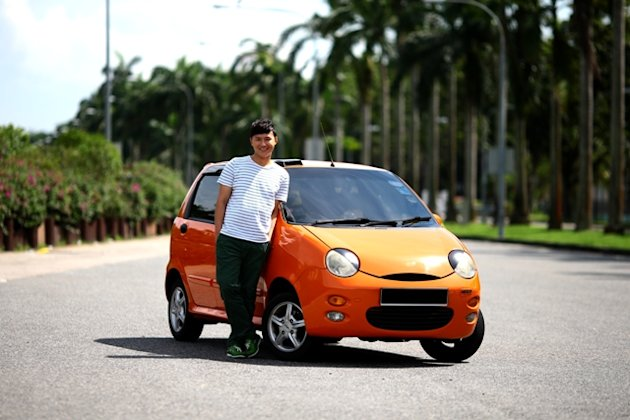Though it's crossed his mind, Jerry Yeo hasn't replaced his Chery QQ yet. (Photos from www.Cheryl-Tay.com)
