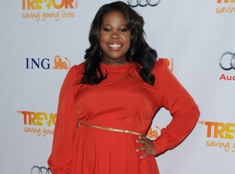 VisualAmber riley, twitter, glee, mercedes jones, série