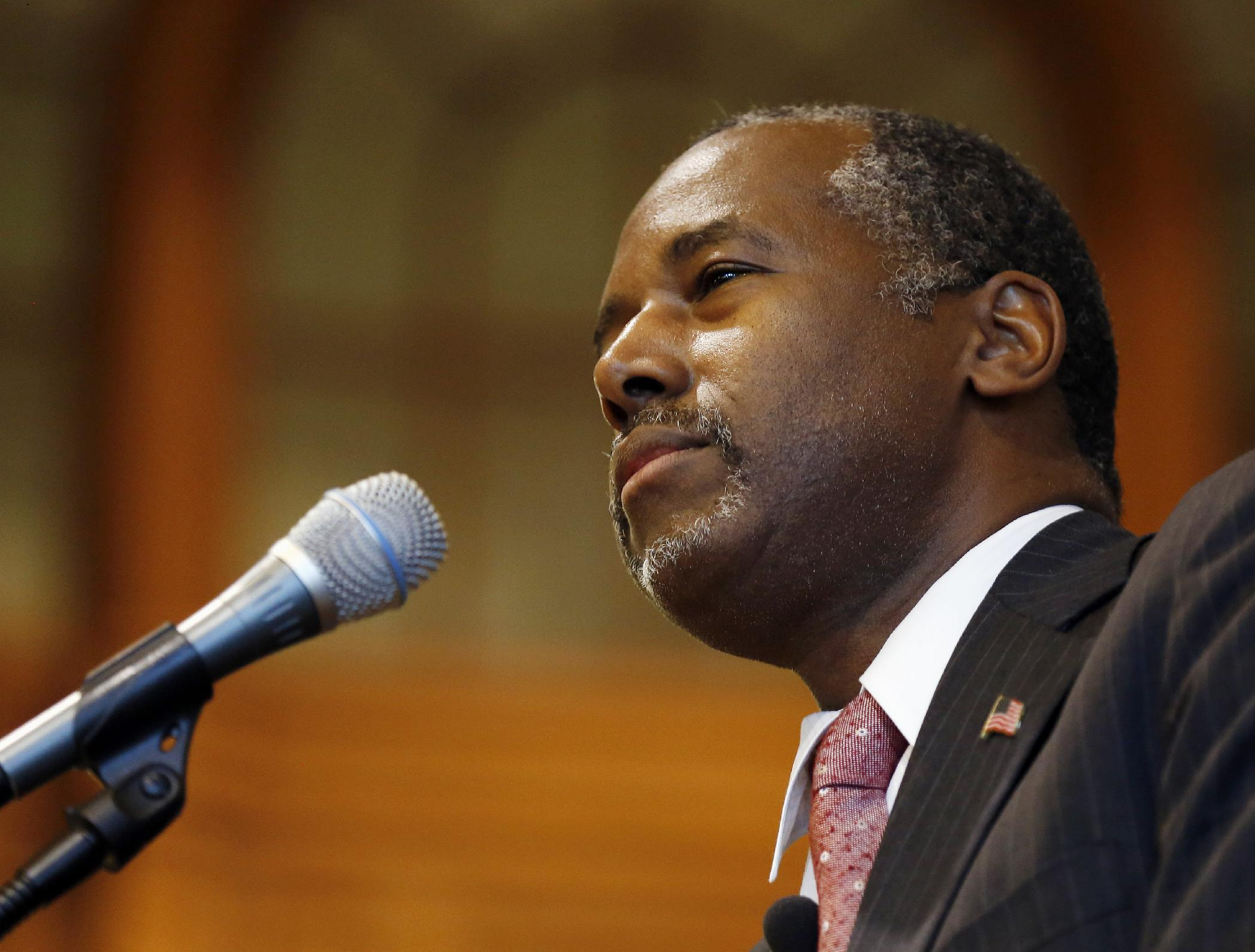 Republican hopeful Carson says no to Syrian refugees in US