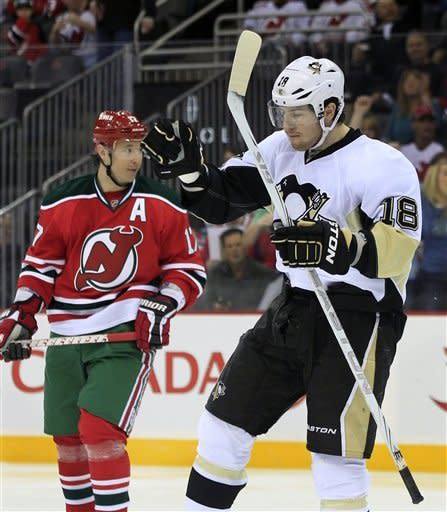 Cooke, Crosby lead Pittsburgh to 5-2 win over NJ