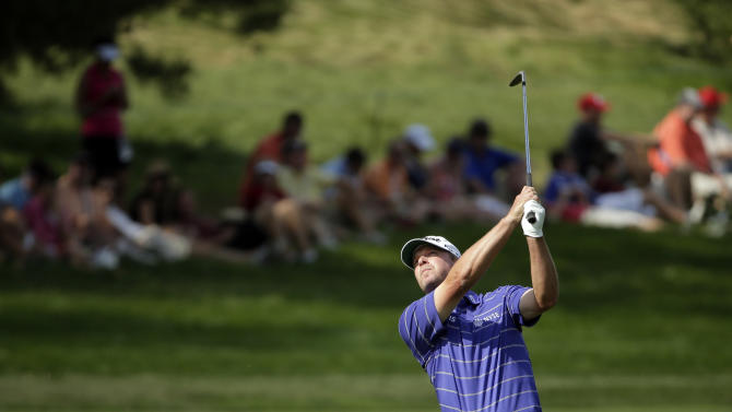Steve Stricker hits down the sixth hole during the third round of the U.S. Open golf tournament at Merion Golf Club, Saturday, June 15, 2013, in Ardmore, Pa. (AP Photo/Charlie Riedel)