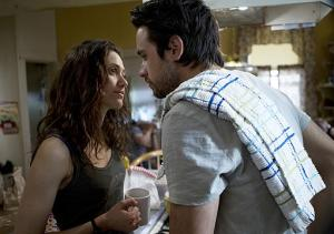 Justin Chatwin Previews Shameless Season 3: 'There's a Breaking Point Where Jimmy Loses It'