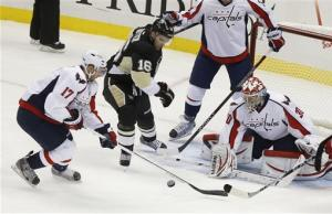Penguins overwhelm struggling Capitals 5-2