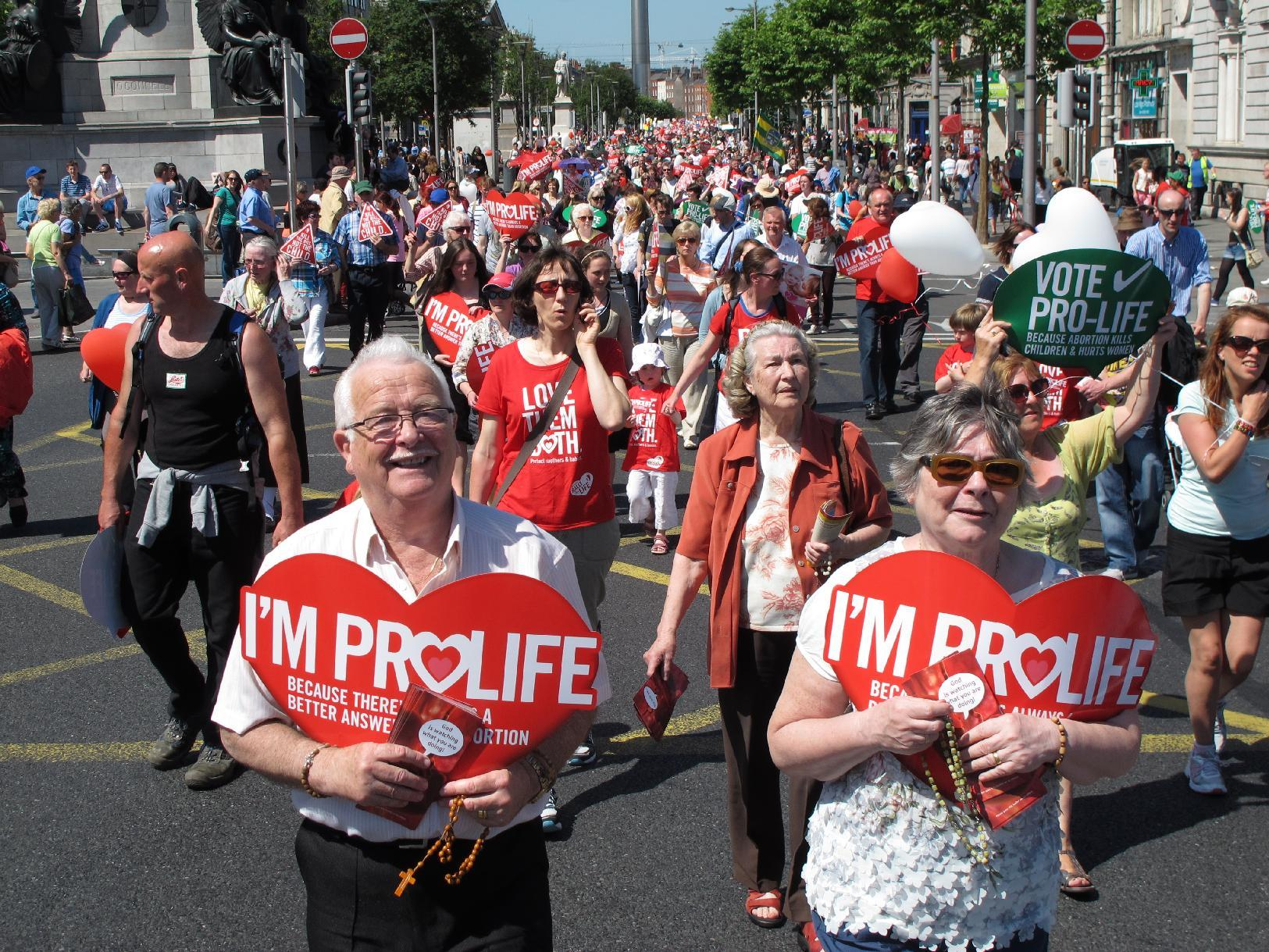 Irish face new abortion row over brain-dead woman