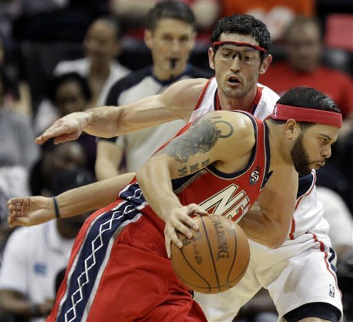 Smith scores 30 as Hawks hold off Nets, 93-84