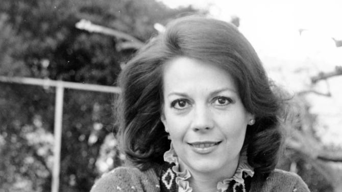 In a Jan. 30, 1979 file photo, actress Natalie Wood poses in Los Angeles, Calif. Dennis Davern, captain of the yacht Splendour, which Wood was aboard on the night she died, said on national TV Friday, Nov. 18, 2011 that he lied to investigators about Natalie Wood's mysterious death 30 years ago and blames the actress' husband at the time, Robert Wagner, for her drowning in the ocean off Southern California. A Los Angeles County sheriff's detective will speak to reporters Friday about the decision to take another look at the Oscar-nominated actress' nighttime demise.  (AP Photo/Wally Fong, File)