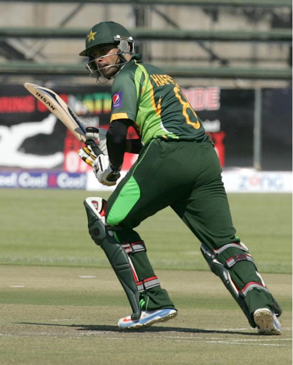 Pakistan batsman Muhammad Hafee bats during the 2nd game of the three match ODI cricket series between Pakistan and Zimbabwe at the Harare Sports Club on August 29, 2013.  AFP PHOTO / JEKESAI NJIKIZAN