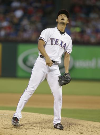 Darvish 14 Ks as Rangers beat Arizona 7-1