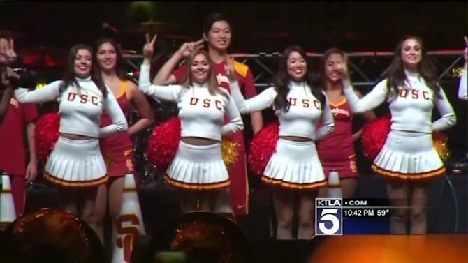 Rivalry Week Is in Full Swing on USC and UCLA Campuses