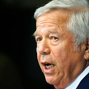Patriots owner Robert Kraft blasts NFL for suspension