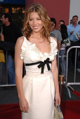 Jessica Biel at the premiere of Universal Pictures' I Now Pronounce You Chuck &amp; Larry
