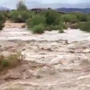 Heavy Rain Causes Flash Floods in Arizona