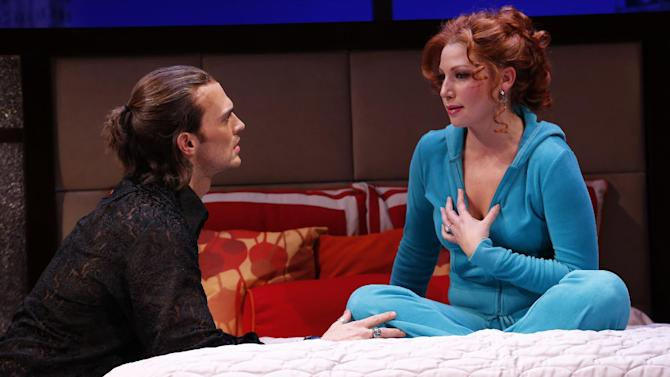 """This theater image released by Sam Rudy Media Relations shows Cheyenne Jackson, left, and Ari Graynor during a performance of """"The Performers,"""" in New York. (AP Photo/Sam Rudy Media Relations, Carol Rosegg)"""