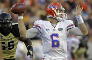 No. 4 Florida remains unbeaten, downs Vandy 31-17