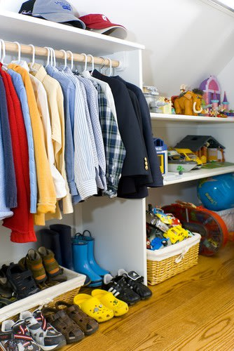 Clean out the kids&amp;#39; closets
