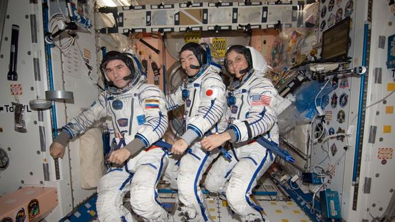 Space Station Astronauts Headed Back to Earth Tonight