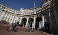 Ministers Lure Spanish To Buy Admiralty Arch