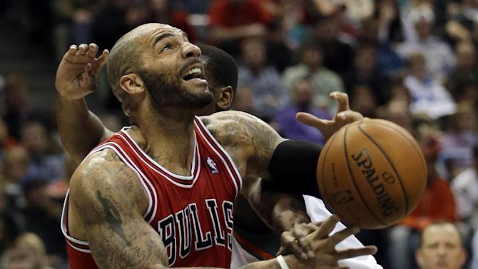 Dunleavy hits late 3, Bulls beat Bucks 91-90