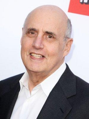 Jeffrey Tambor to Guest on 'Raising Hope' (Exclusive)