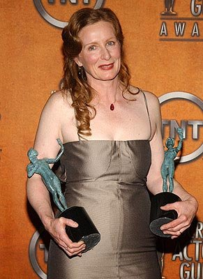 "Frances Conroy of ""Six Feet Under"" Outstanding Performance by a Female Actor in a Drama Series Outstanding Performance by an Ensemble in a Drama Series Screen Actors Guild Awards 2/22/2004"