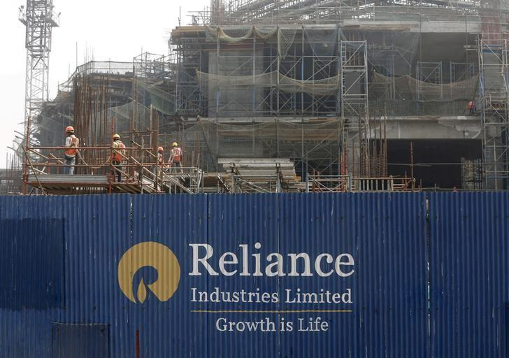 Reliance Industries Q3 net profit up 10 percent, beats estimate