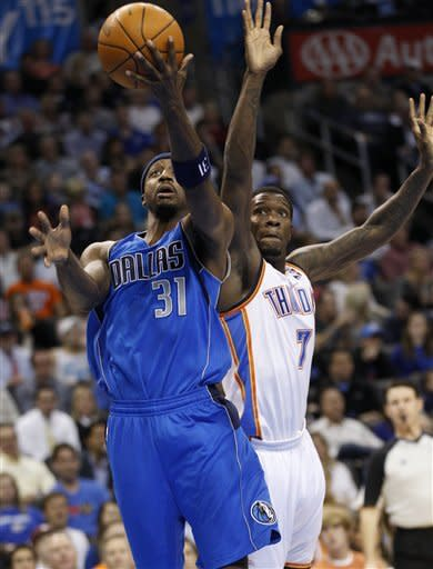 Thunder rally late to beat Mavericks 95-91