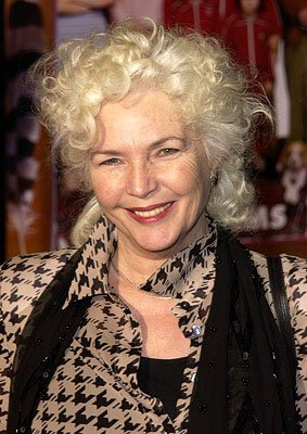 Premiere: Fionnula Flanagan at the Hollywood premiere of The Royal Tenenbaums - 12/6/2001
