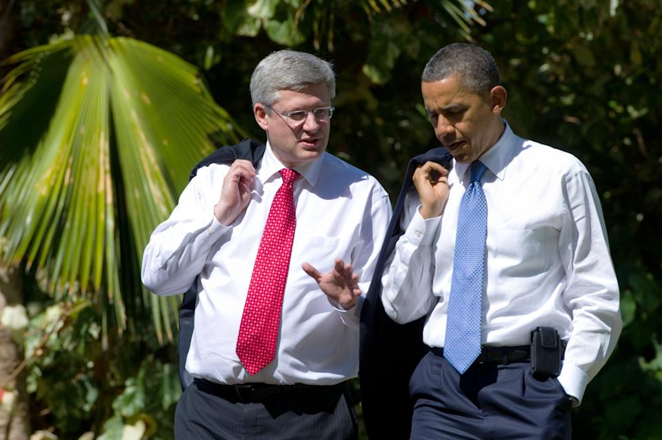 Prime Minister Stephen Harper meets with U.S. President Barack Obama at the 2011 APEC Summit in Kapolei, Hawaii on Sunday, November 13, 2011. THE CANADIAN PRESS/Sean Kilpatrick